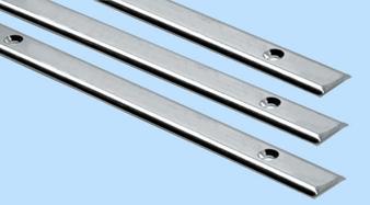 Scheuerleisten aus hochglanzpolierten Halbrundes Profil aus Inox Stahl AISI 316, Hochglanzpoliert
