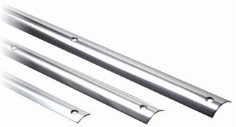 Scheuerleisten aus hochglanzpoliertem, rostfreien Stahl