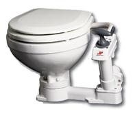 WC mit manueller Pumpe
