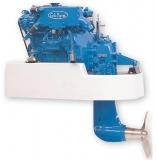 Dieselmotor Sole Mini 29SD mit 3 Zylindern 27,2 PS mit SeaProp 60, R= 2.15:1 und Polyester Fundament